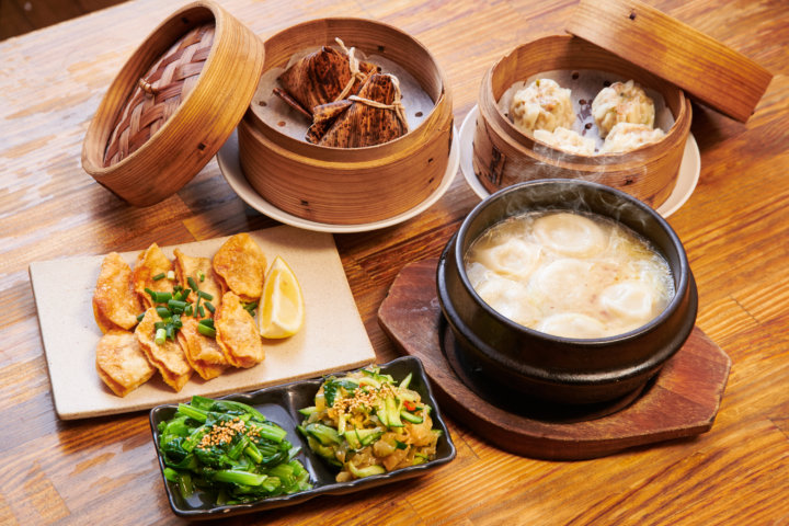Enjoy 6 of our most popular dishes, such as gyoza & dim sum!